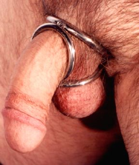 Triple crown cock ring